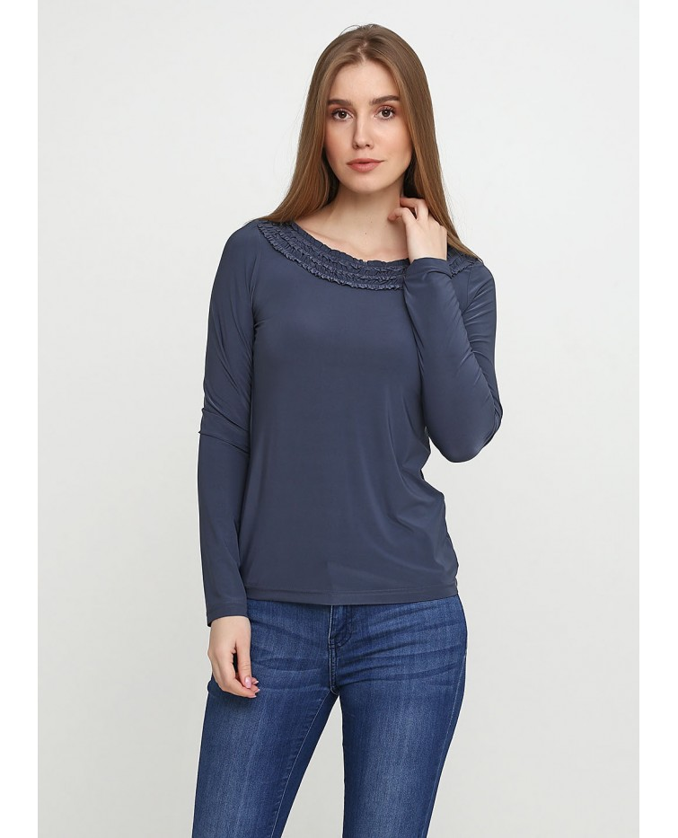 Knitted blouse T-093
