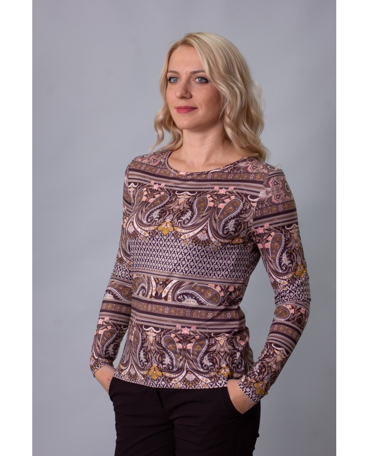Knitted blouse T-215